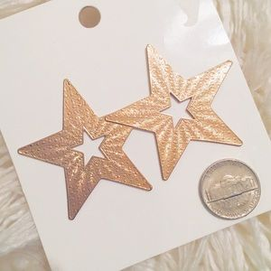 NWT H&M Large Gold Star Earrings
